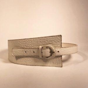 Vintage 80's White Asymmetrical Leather Belt